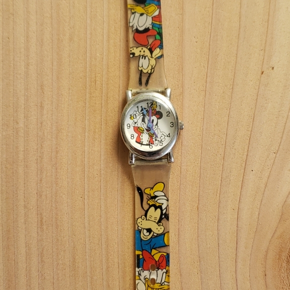 Other - Mickey mouse watch